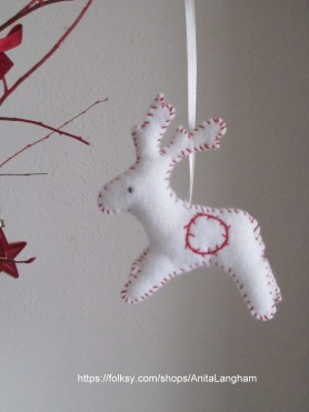 https://folksy.com/shops/AnitaLangham white felt handmade reindeer hanging Christmas decoration